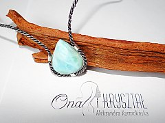 Larimar superb